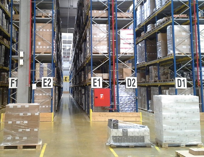 clean warehouse (2)